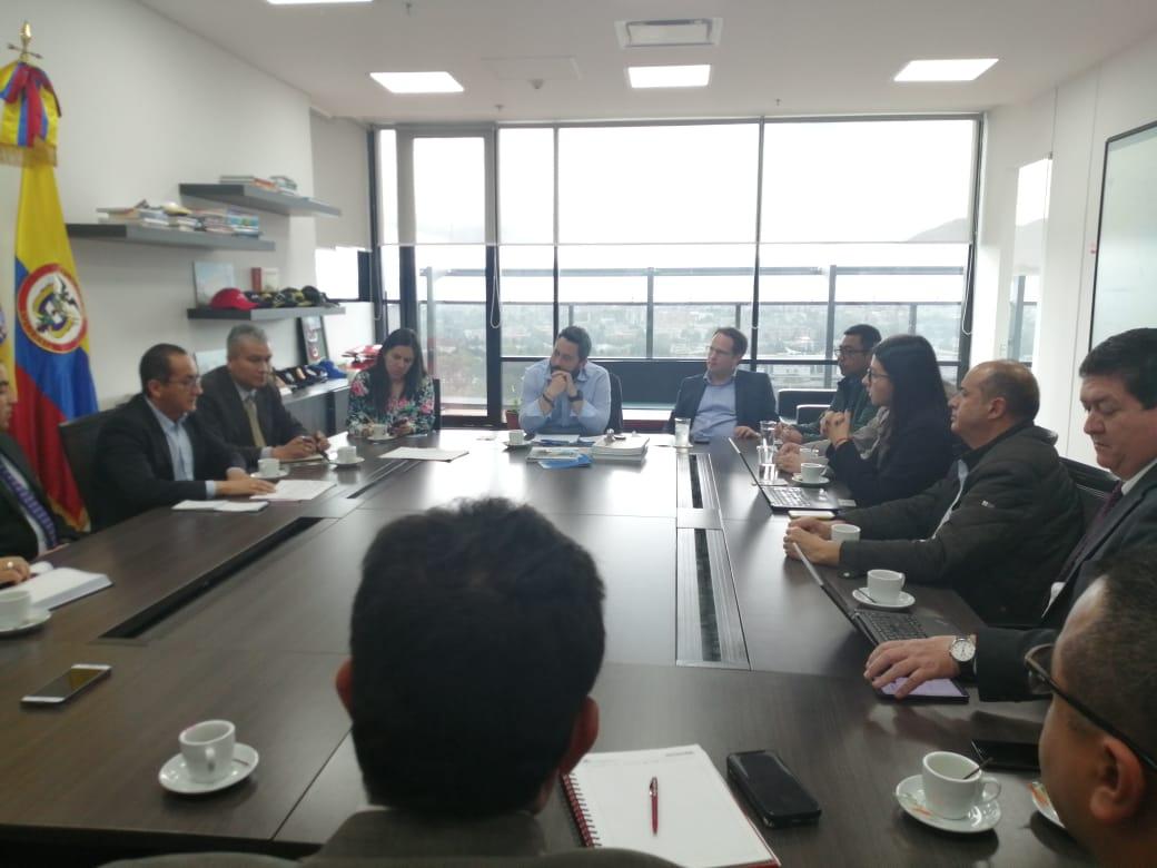 Buscan solución a inseguridad para Transporte de Carga en Bogotá
