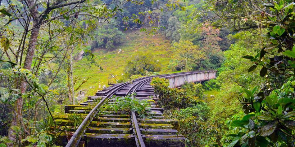 Todo lo que se podría hacer con las antiguas vías férreas. Esta infraestructura en Bogotá y la región tiene potencial en movilidad sostenible y turismo.
