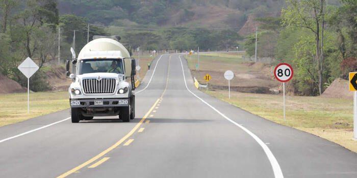 Transportadores de carga y pasajeros ya pueden acceder a la exención de IVA para reponer sus vehículos