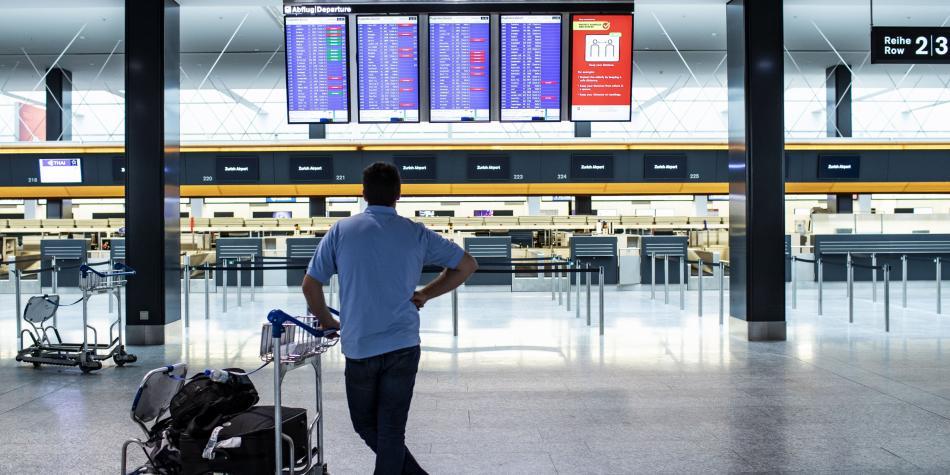 Cancelación masiva de vuelos en aerolíneas de Europa, Asia y EE. UU.
