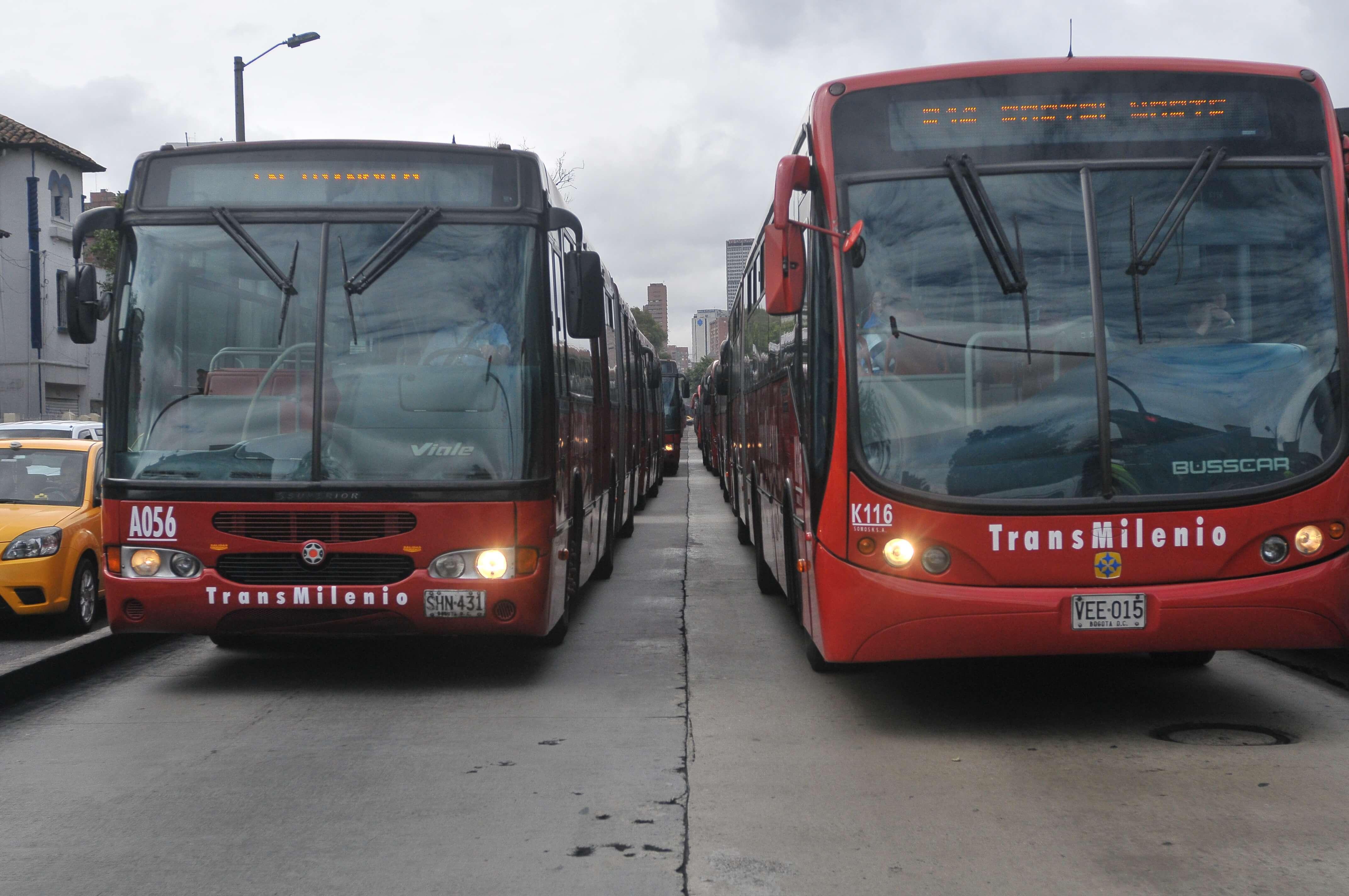 Sin ayudas en la emergencia, sistemas masivos de transporte dejarían de operar: empresarios